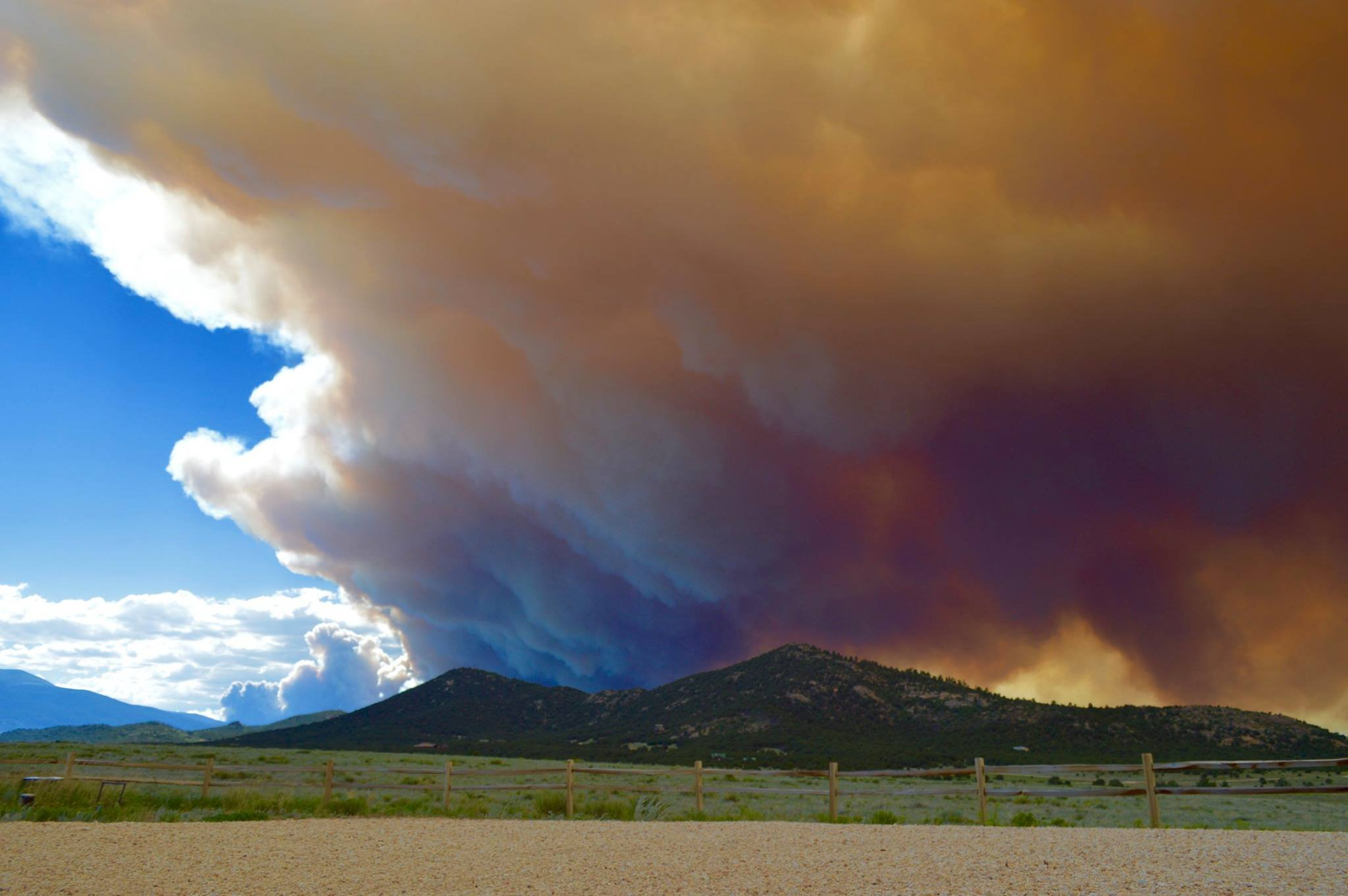 Hayden Pass Fire (Photo: Eric Mohr)