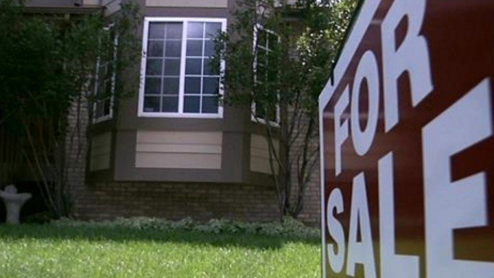 Pending Home Sales Fell 0.8% in March