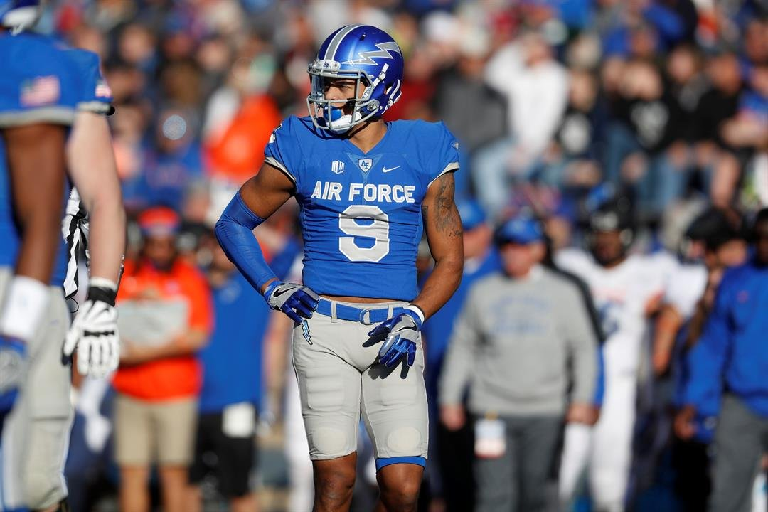 Air Force Falcons wide receiver Jalen Robinette (9) in the first half of an NCAA college football game Friday, Nov. 25, 2016, at Air Force Academy, Colo. (AP Photo/David Zalubowski)