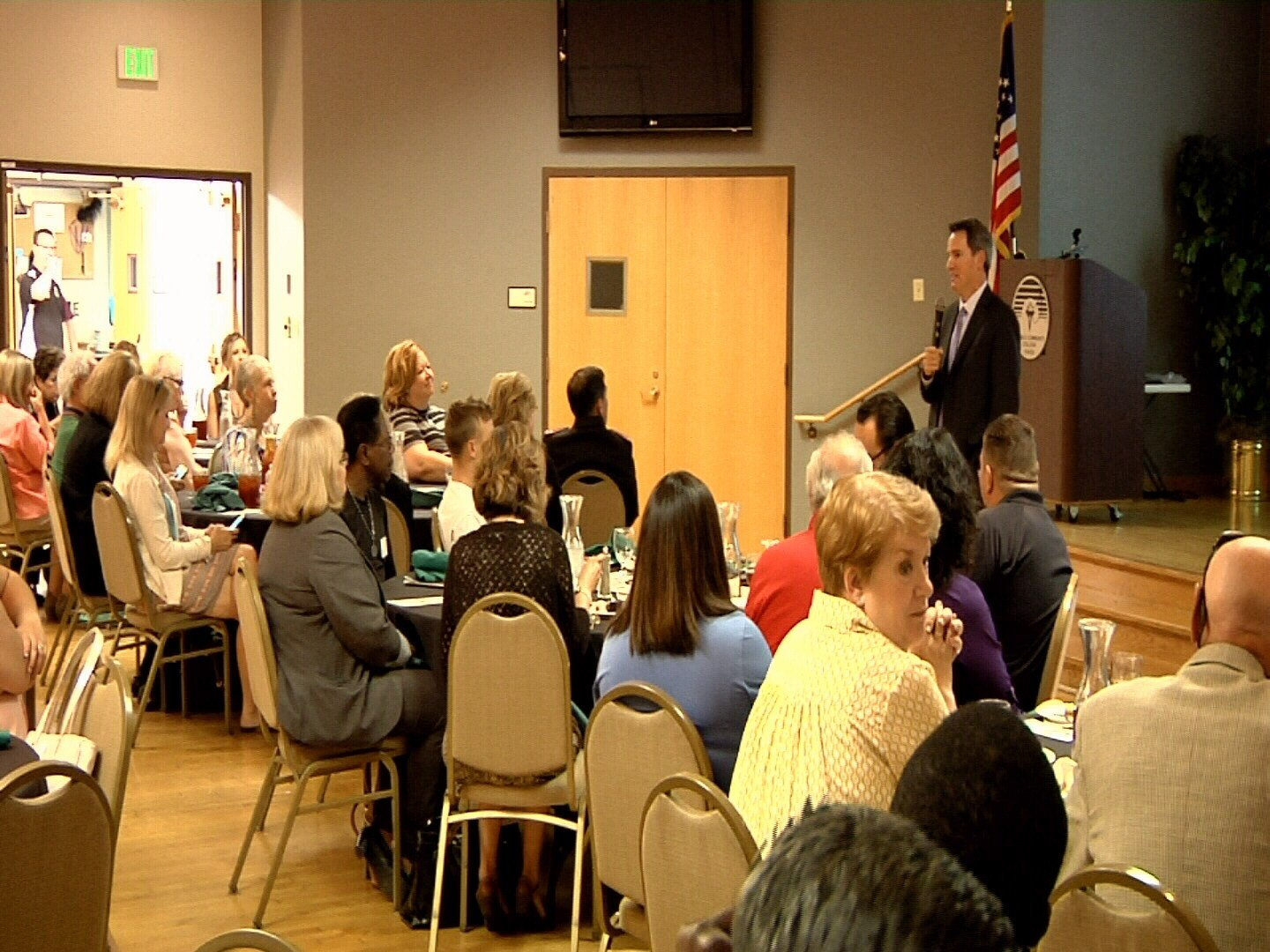 Andrew Romanoff, President and CEO of Mental Health Colorado, speaks to the Pueblo Latino Chamber of Commerce