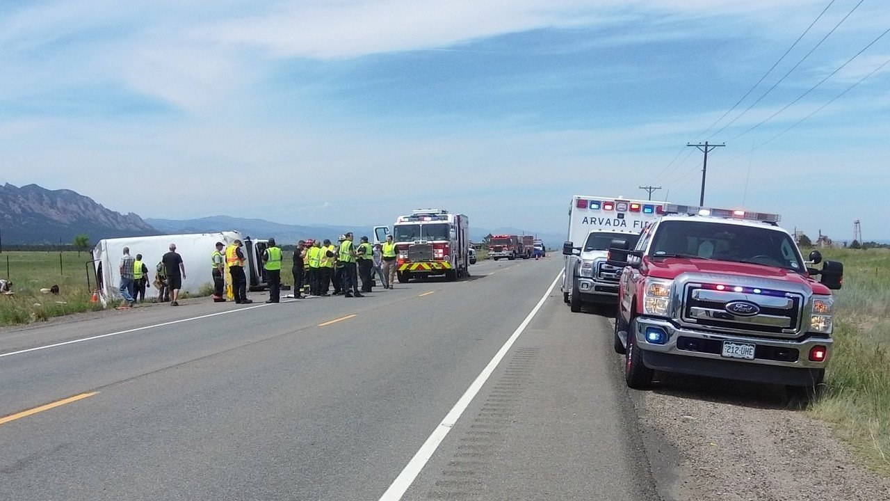 13 transported as 3 vehicles, including small bus, collide on Highway 93