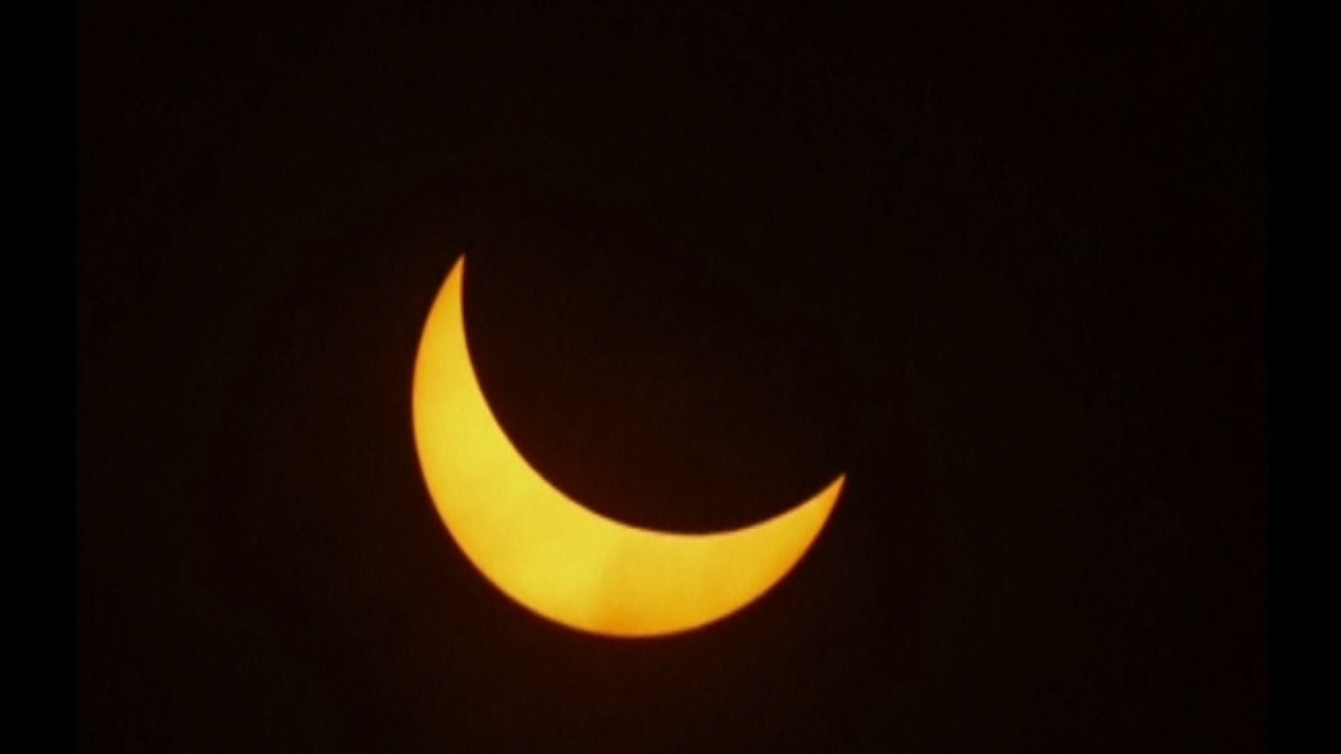 How to capture the eclipse like a professional.