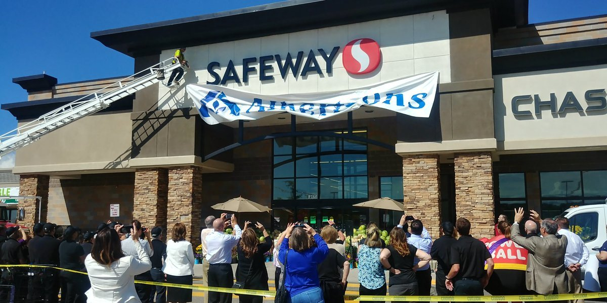 The Albertsons grocery store on Union Blvd. officially turned into a Safeway location on Aug. 16, 2017.