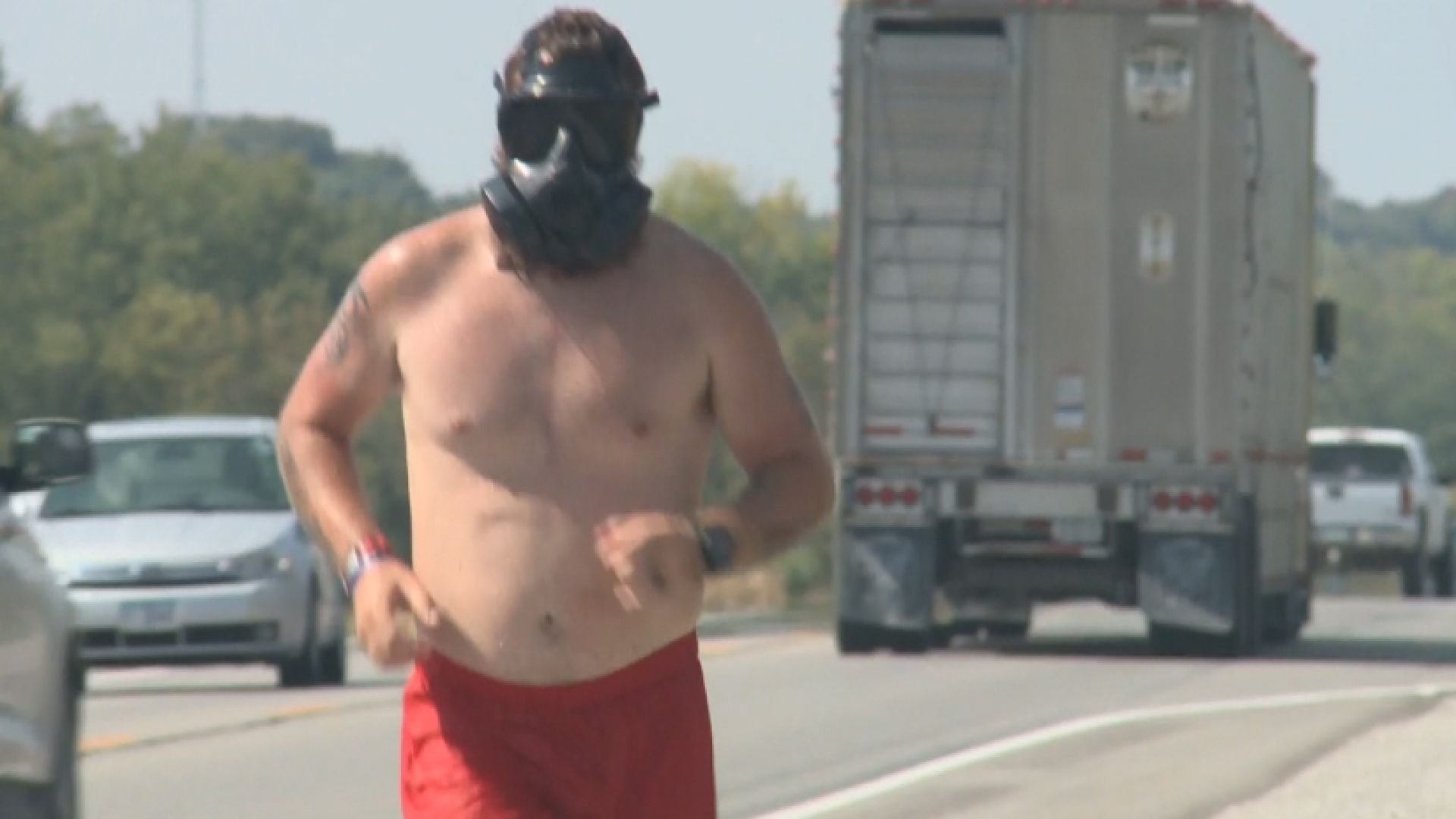"""A man known as """"The Masked Veteran"""" is making a grueling run across Iowa."""