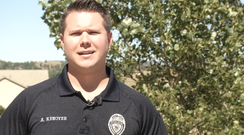Officer Alex Kenoyer helped rescue guests during a fire at the Cripple Creek motel. (KOAA)