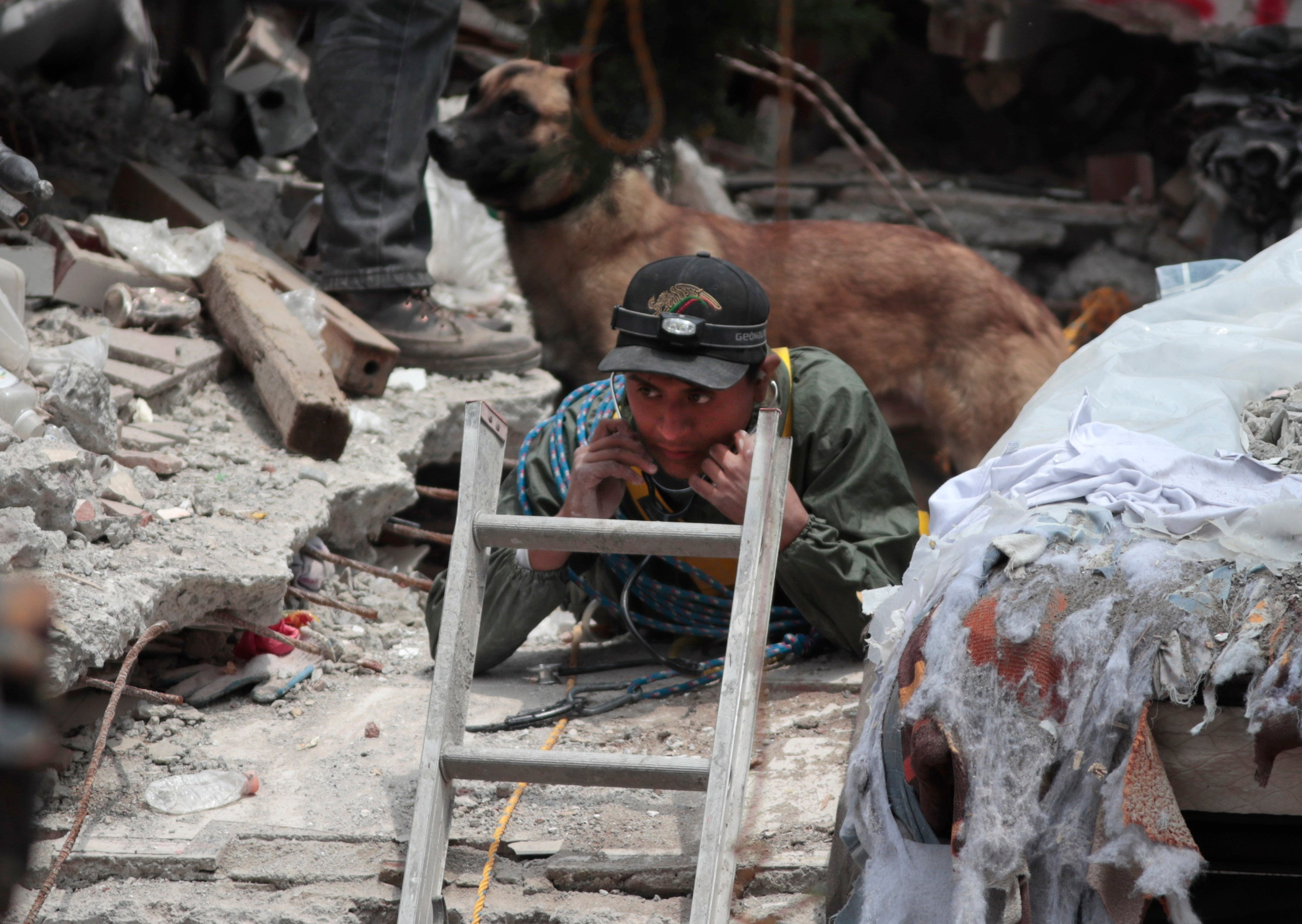 Mexico's office of the presidency says the death toll from a magnitude 7.1 earthquake has risen to 273, including 137 in the capital.