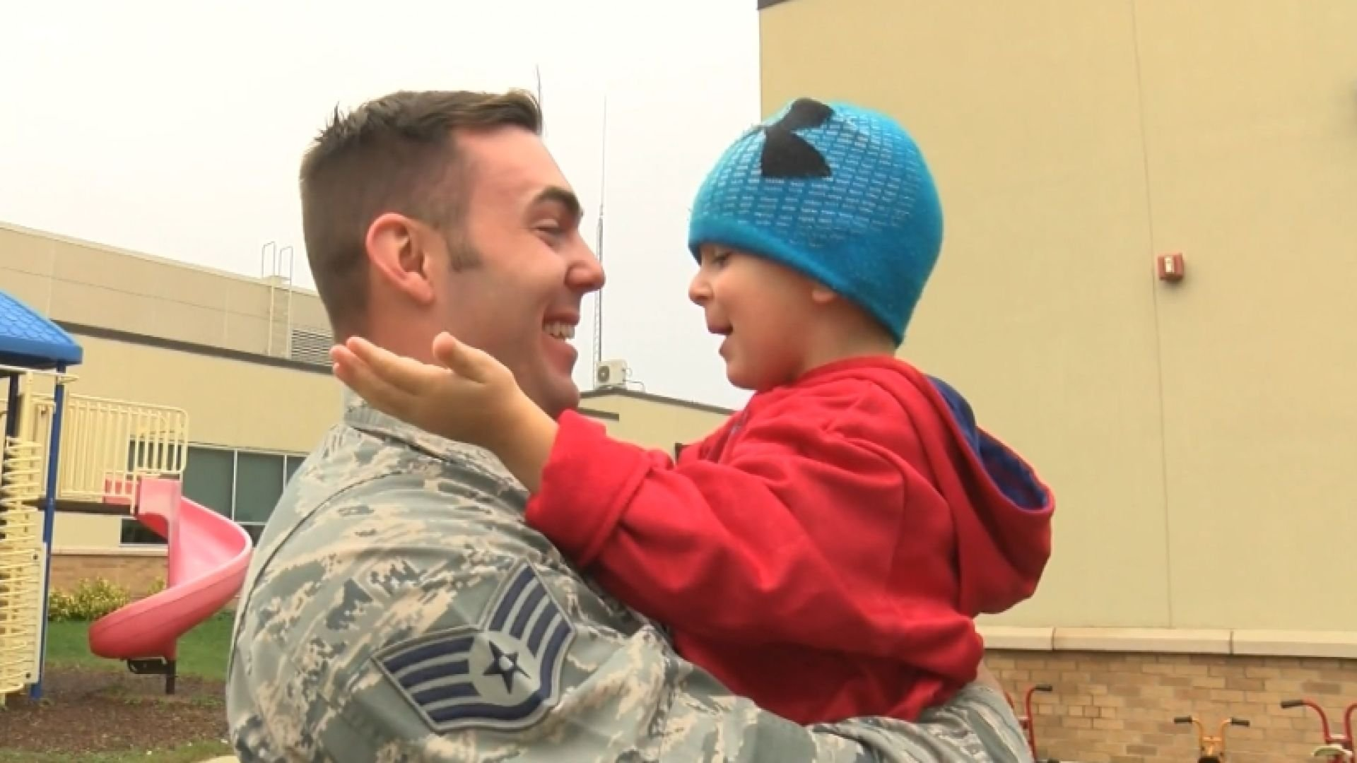 3-year-old Michael Kohn reunited with his father in Minnesota.