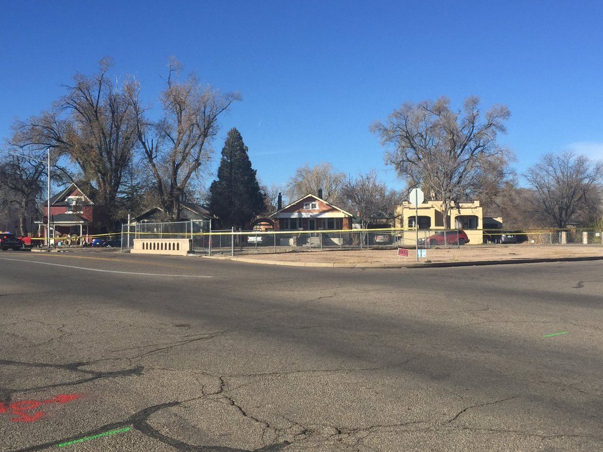 Pueblo Police are investigating a triple shooting in the 900 block of Lake Ave. Sunday morning.