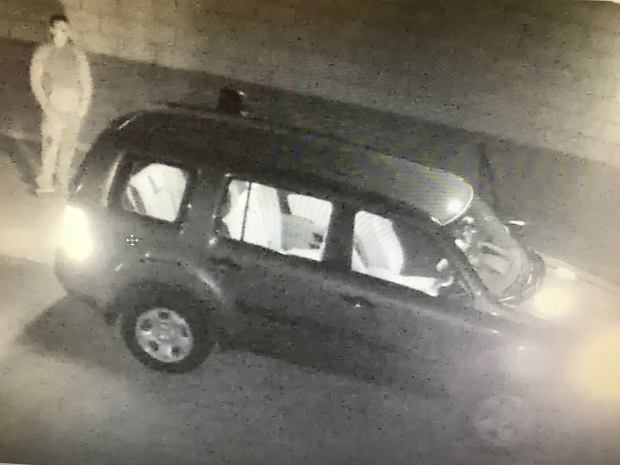 Police looking for suspects in construction site theft on Oct. 27, 2017.