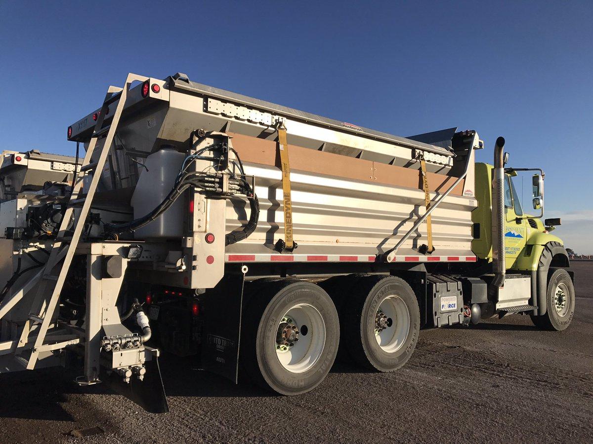 El Paso County crews prepare for snow ahead of Thursday's storm. (KOAA)