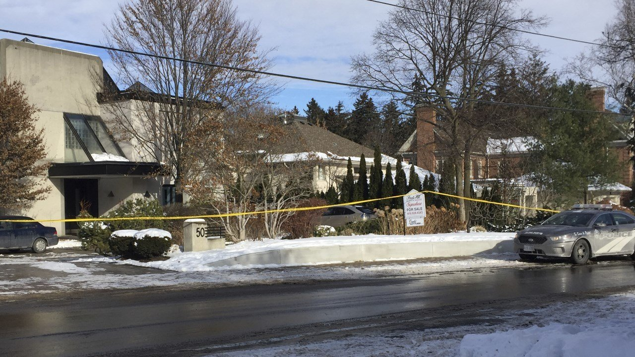 Police investigate 'suspicious' deaths of Canadian billionaire Barry Sherman and wife
