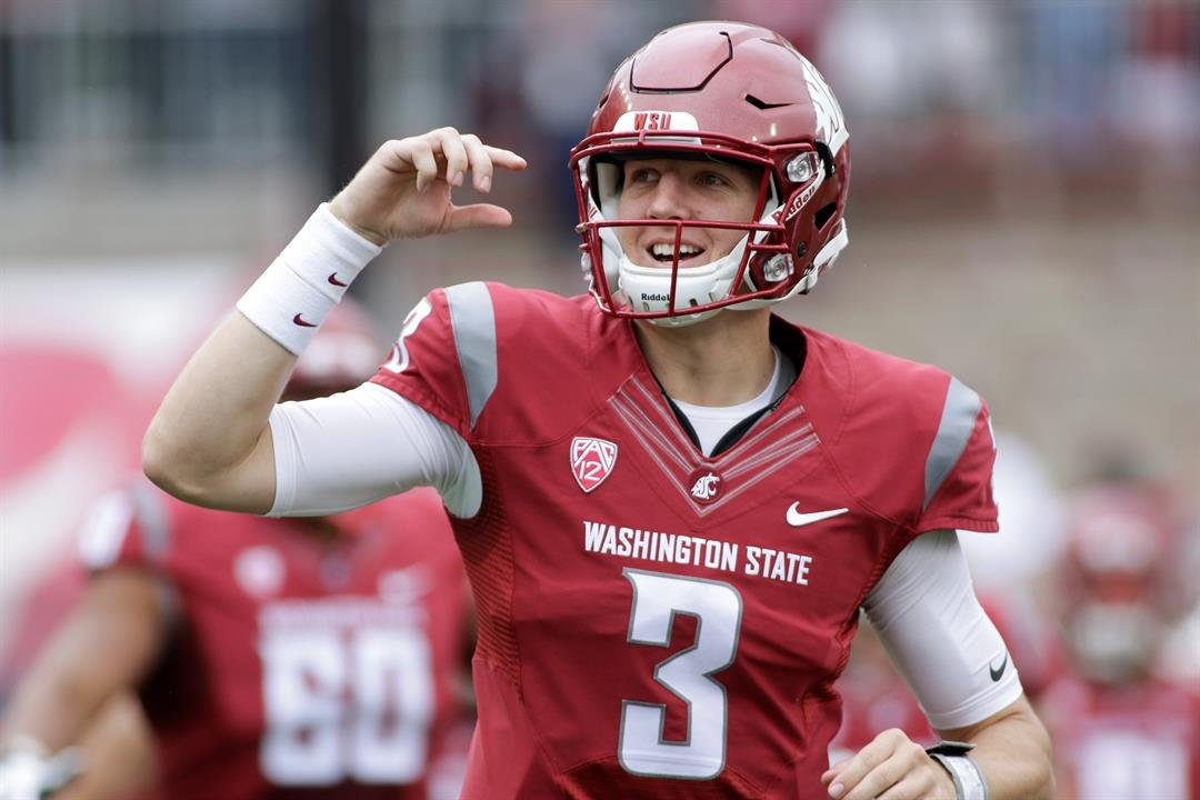 Family, friends, fans express thoughts on loss of WSU quarterback