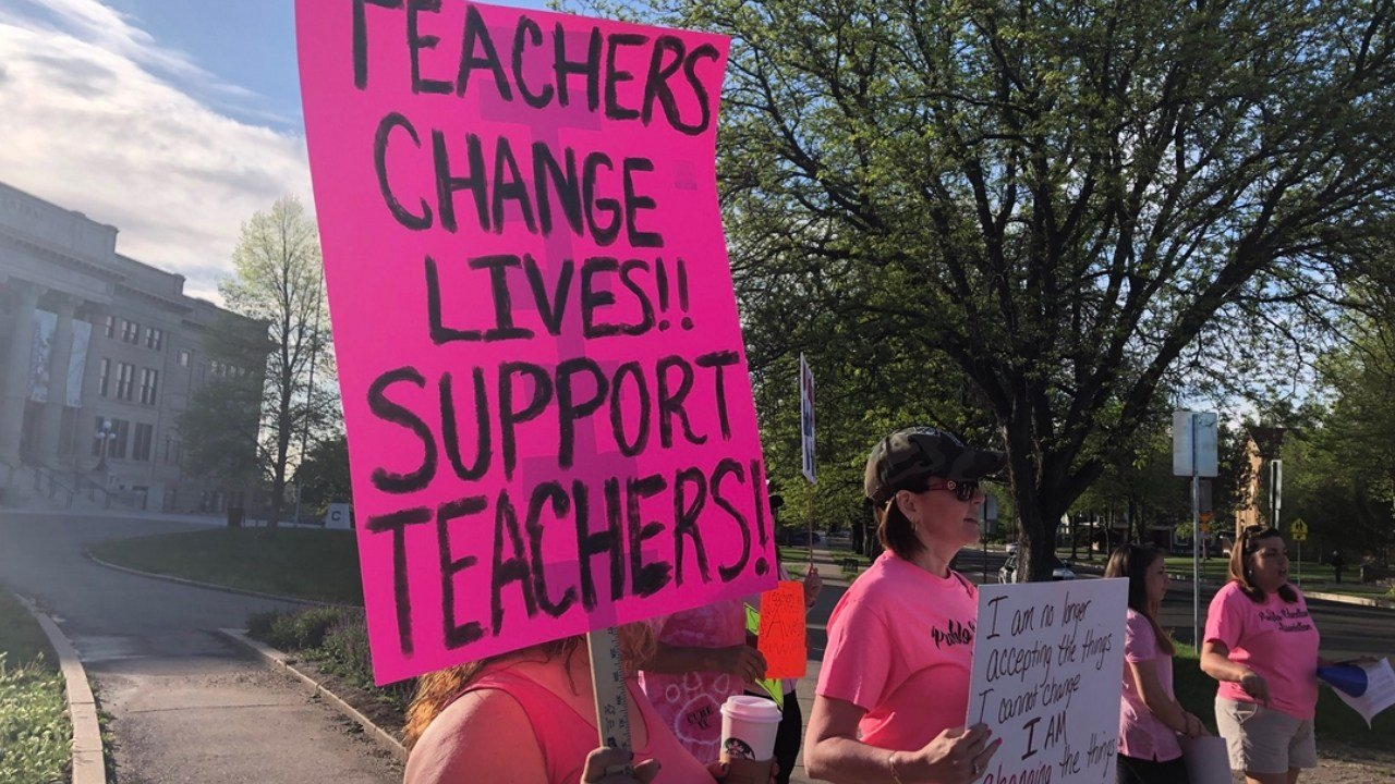 D60 teachers begin the 2nd day of their strike. This group arrived just after 7:00 a.m. at Central High School. (KOAA)