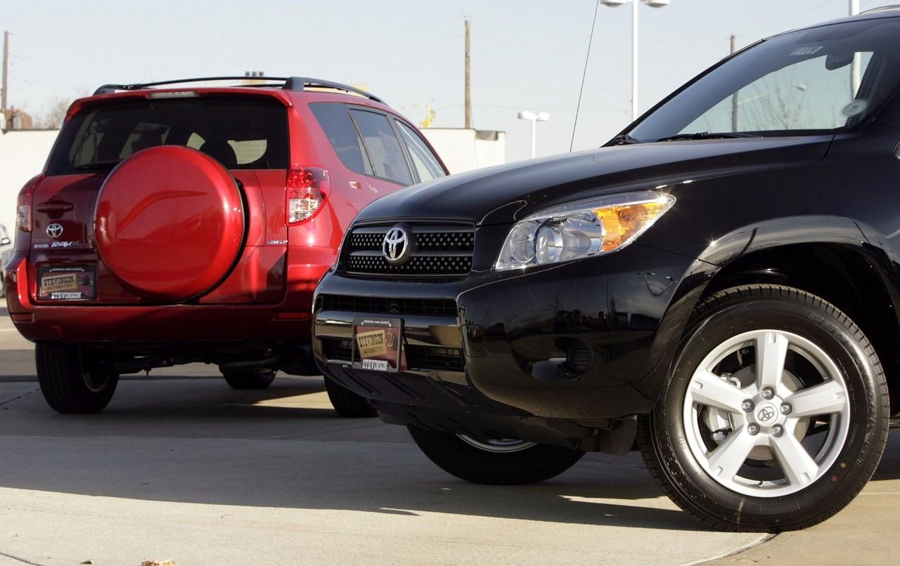 Toyota recalls 2.9M SUVs for possible seat belt failure