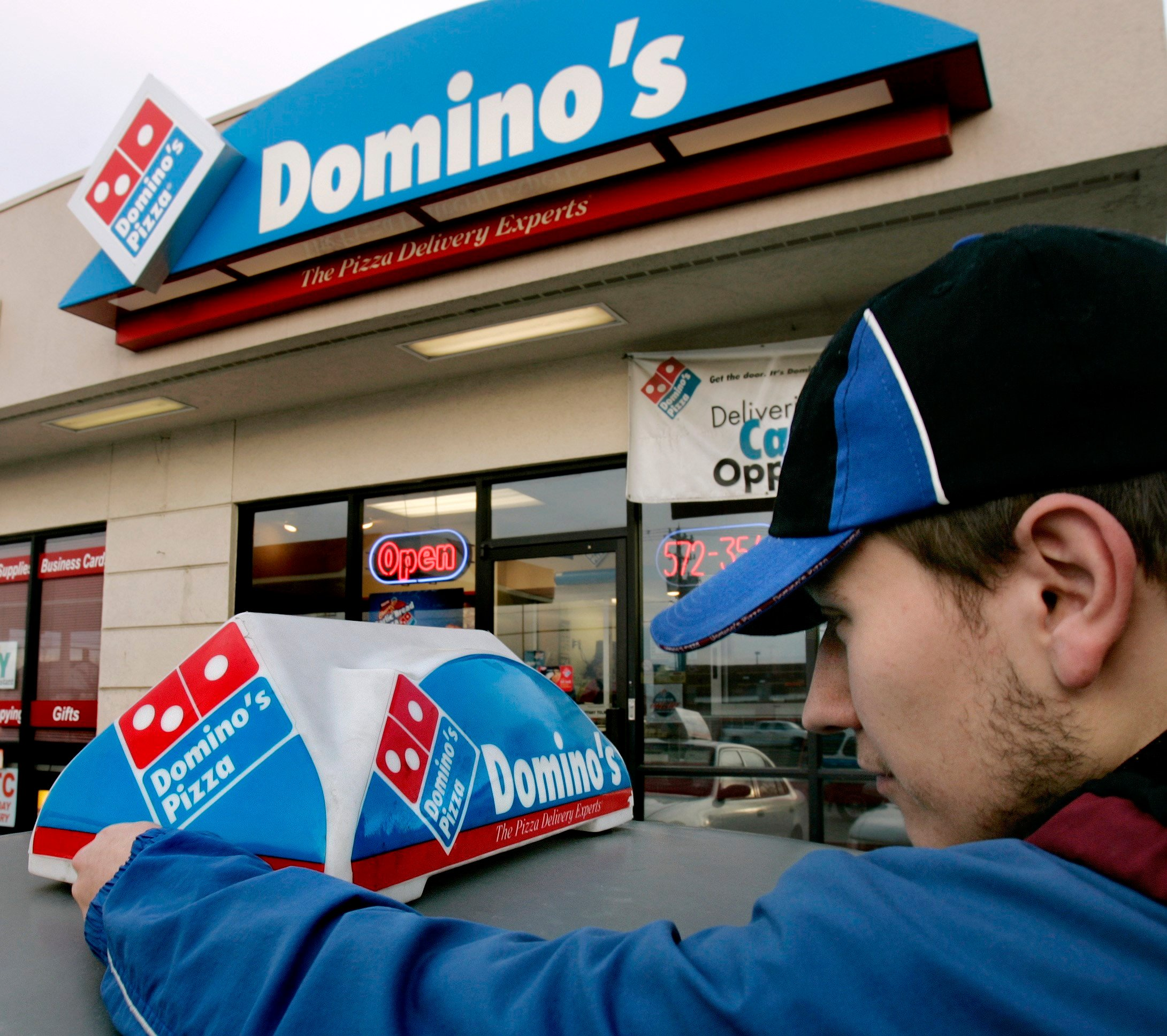Domino's will deliver pizza to the beach