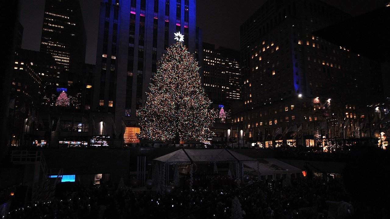 People watch as the Rockefeller Center Christmas tree is lit during the 83rd Annual Rockefeller Center & Heightened security amid Rockefeller Christmas Tree lighting ... azcodes.com